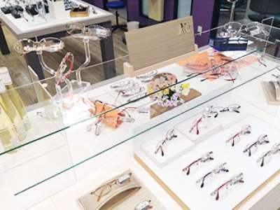 メガネの三城 近鉄生駒店 メガネ・サングラスの店内販売・簡単なPC入力のお仕事です!