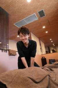 りらくる 京都西大路五条店のアルバイト情報
