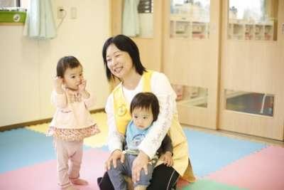 三郷市内の病院内保育室のアルバイト情報