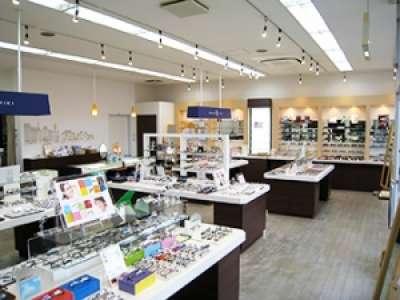 メガネの三城 南彦根店のアルバイト情報