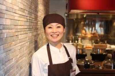 旬菜創作ビュッフェ 露菴東広島店のアルバイト情報