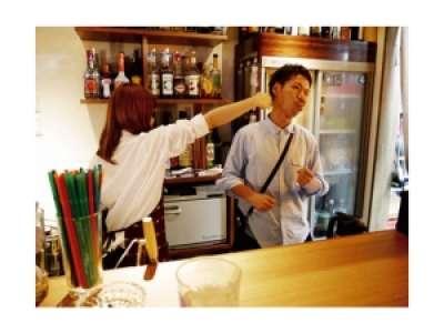六本木Theカフェのアルバイト情報