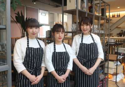 cafe & kitchen Plate`sのアルバイト情報