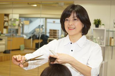 HAIR SALON IWASAKI  新琴似店の求人画像