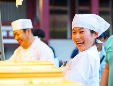 丸亀製麺 神田小川町店の求人画像